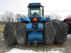 Rear of New Holland 9682