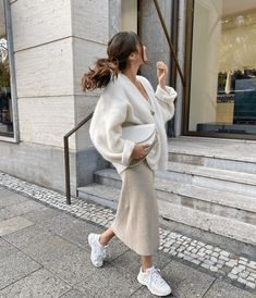 Winter Fashion Outfits, Modest Fashion, Look Fashion, Spring Outfits, Autumn Fashion, Jeans Fashion, Fall Winter Outfits, Fashion 2020, Cute Casual Outfits