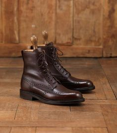 Grain Leather Brogue Boots