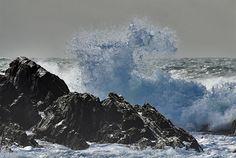 Wave splash at rocks in southern Saligo Bay, Isle of Islay