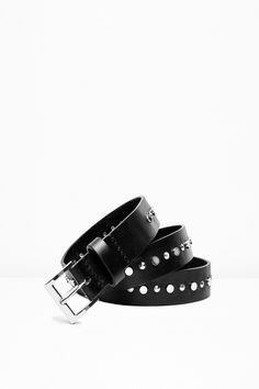 Zadig & Voltaire belt, single row of flat studs in the center, Zadig & Voltaire engraved buckle, 100% leather. Made in Italy.