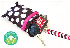 Storage Pocket with Lanyard to keep your valuables close.  Use for your cell phone, credit cards, cash, keys ... much easier to shop without a bulky purse.  Free tutorial.