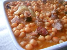 Just like Grandma's portuguese chickpea stew Fish Recipes, Meat Recipes, Cooking Recipes, Healthy Recipes, Cape Verde Food, Brazilian Dishes, Portuguese Recipes, Portuguese Food, Chickpea Recipes