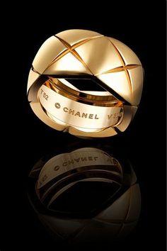 CHANEL FINE JEWELRY Medium 18-karat yellow gold ring | ≼❃≽ @kimludcom