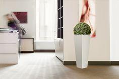 Stalowe donice ogrodowe i sztuczne kwiaty - http://DoniceStalowe.pl