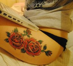 Thigh tattoo colour. I would never wear pants if I had a pretty thigh tattoo like this one.