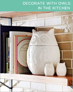 Owl cookie jar and salt and pepper shakers. Love these. My kitchen is decorated with owls. Love the theme!