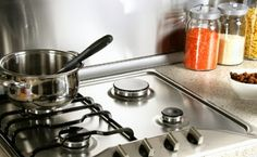 Epic and easy cleaning hacks, tips, and tricks you will find handy. Homemade Cleaning Products, House Cleaning Tips, Green Cleaning, Spring Cleaning, Cleaning Hacks, Kitchen Cleaning, How To Clean Burners, Clean Stove Top, Grease Stains