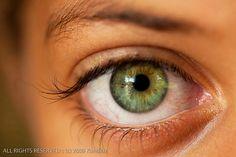 Green Eye Close-Up by David Art the Visual Artist, via Flickr