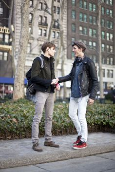 fyeah boys with style Lgbt Groups, Boy Fashion, Mens Fashion, Style Fashion, Man In Love, Daily Wear, That Look, Street Wear, Handsome
