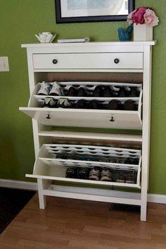 DIY Shoe Rack Ideas On a… Hallway Shoe Storage, Shoe Cubby, Basement Storage, Closet Storage, Best Shoe Rack, Diy Shoe Rack, Shoe Racks, Shoe Tidy, Rack Design