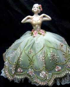 Porcelain half doll pincushion doll dressed in pink peach and green embroidered net by Kay Brooke Antique Dolls, Vintage Dolls, Vintage Sewing, Miniatures Barbie, Porcelain Jewelry, Fine Porcelain, Porcelain Tiles, Peach And Green, Half Dolls