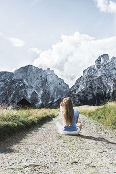 Tagesausflug in den Nationalpark Gesäuse auf VANILLAHOLICA.com .  Wandern im Nationalpark Gesäuse in Österreich ist ein einziges Abenteuer. Man kommt schon bei einfachen und kurzen Wanderwegen vorbei an wunderschönen Gebirgsseen, Gletschern, und Flüssen. Großteil des Gesäuses wird von einer gewissen Alpen Art, den Kalkalpen eingenommen. Der Park steht unter Naturschutz und die unberührte, wahre Natur lässt sich da noch sehen. Ein Tagesausflug für die ganze Familie ist es auf alle Fälle wert.