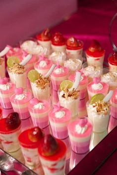 trendy ideas for baby shower snacks ideas candy table Dessert Shooters, Dessert Cups, Dessert Table, Cheesecake Shooters, Mini Desserts, Wedding Desserts, Christmas Desserts, Wedding Cake, Candy Table