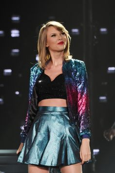 """It's as if she's living in Zenon: Girl of the 21st Century. I.E. I love it. I want it. When will she be covering Protozoa? July 11th would be a great time for some """"Supernova Girl,"""" taylorswift. Just sayin'."""