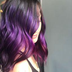 30 Lovely Purple Hair Color Ideas Trending in 2020 Down Hairstyles, Easy Hairstyles, Straight Hairstyles, Hairstyles 2018, Purple Balayage, Short Straight Hair, Hot Hair Styles, Hair Color Purple, Hair Shades