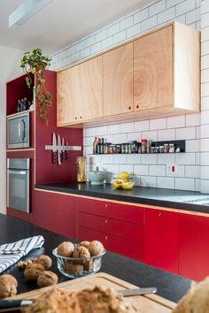 Red Kitchen Decor, Kitchen Colors, Kitchen Interior, Kitchen Dining, White Tile Backsplash, White Countertops, Sweet Home, Mid Century Modern Kitchen, Inexpensive Furniture