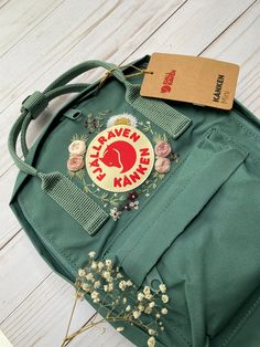 Embroidered Kanken Mini Backpack - Fjallraven Hand Embroidery - Custom Design - Color Choices - Stylish and Practical - Backpack Purse Diy Embroidery Designs, Embroidery Boutique, Embroidery Bags, Mochila Kanken, Kanken Mini, Kanken Backpack Mini, Backpack Purse, Business Outfits, Thing 1