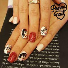 En #PennyNail hacemos uñas de cuento! #NailArt Pedí tu turno para uñas ilustradas al 1558135282 #nails #instanails #designnails #illustration #illustratednails #snowhite #snowhitenails