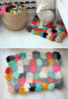 manualidades con pompones - alfombra de pompones