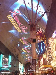 Fremont Street Experience-our hands down favorite place in Vegas BABY!!!