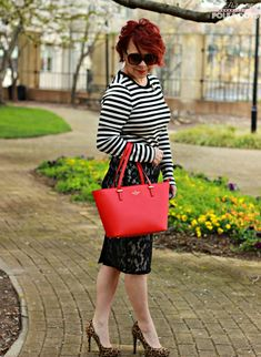Striped tee, lace skirt, pencil skirt looks, office looks, leopard pumps, monochromatic looks, pattern mixing, fashion over 40, red Kate Spade bag