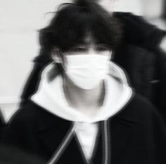 Kim Taehyung Funny, V Taehyung, Jimin Jungkook, Foto Bts, Bts Photo, Youtube Blackpink, Taehyung Photoshoot, Bts Black And White, Jimin Fanart