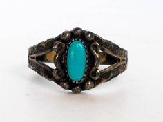Sterling Silver Southwest OvalTurquoise Ring by GemstoneCowboy on Etsy