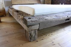 The handmade bed is made of selected oak beams. The historic beams come from old half-timbered buildings or barns. Each bed is unique. The beams are brushed and can be treated naturally as desired in the surface of course by diesunddasunddort Log Furniture, Furniture Design, Bed Design, House Design, Diy Bett, Rustic Bedding, Wood Beds, Wood Bed Frames, Bedroom Decor