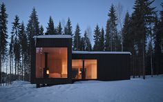 Four-Cornered Villa, located in Virrat, Finland. Villa is designed by Avanto Architects. Minimal House Design, Minimal Home, Beautiful Architecture, Contemporary Architecture, Contemporary Homes, Residential Architecture, Architecture Design, Villas, Home Modern