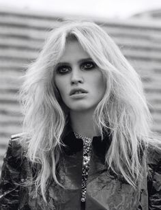 9779a52c5d6 Self Service Fall Winter Model  Lara Stone Photographer  Alasdair McLellan  Stylist  Suzanne Koller