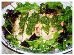 Bifes de peru com molho de ervas, alho e limão