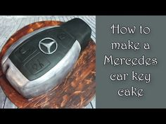 How to make a Mercedes car key cake / Jak zrobić tort kluczyk do Mercedesa Mercedes Auto, Mercedes Stern, Fondant Cake Toppers, Cupcake Cakes, Mercedes Torte, Car Cake Tutorial, Pink Car Accessories, Tartelette, Cars For Sale Used