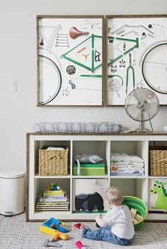 John and Sherry Petersik, designers and authors of Lovable Livable Home, owned a two-paneled print of a deconstructed bicycle that they loved. When they found out they were expecting a second child, they decided to create their son's whole nursery around the cool artwork. (via Parents.com) #nursery #style #decor #ideas