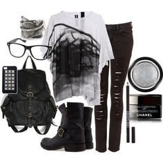 Minus the boring shirt, rock and roll mommy style Cool Outfits, Casual Outfits, Fashion Outfits, Womens Fashion, Nerd Glasses Outfit, Rocker Style, Mommy Style, Back To Black, Alternative Fashion