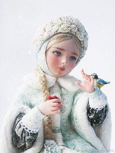 Pretty Dolls, Beautiful Dolls, Christmas Art, Christmas Tree Decorations, Snow Maiden, Russian Folk Art, Doll Painting, Matryoshka Doll, Winter Pictures