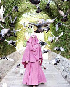 Hijab Niqab, Muslim Hijab, Hijab Chic, Niqab Fashion, Muslim Fashion, Hijab Dress, Hijab Outfit, Beautiful Hijab Girl, Hijab Dpz