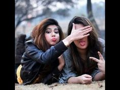 Photography Ideas For Friends Poses Photo Shoot 27 Ideas Friend Poses Photography, Teenage Girl Photography, Portrait Photography Poses, Photography Poses Women, Party Photography, Photography Ideas, Bff Posen, Selfie Posen, Best Friend Poses