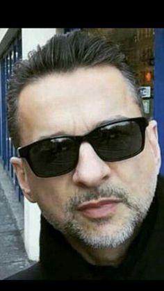 Dave Gahan, Good People, Mens Sunglasses, David, Rockers, Celebrities, Blind, Masters, Sexy