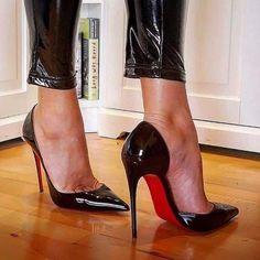 Hot High Heels, High Heels Stilettos, Red Stiletto Heels, Beautiful High Heels, Stockings Heels, Fashion Heels, Pretty Shoes, Cybergoth, Red Bottoms