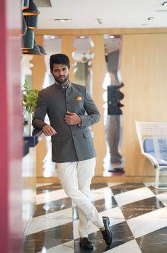 Dear Comrade wraps up Kakinada stint, Vijay devarakonda about his marriage Blazer Outfits Men, Stylish Mens Outfits, Chic Outfits, Prince Suit, Telugu Hero, Most Handsome Actors, Prabhas Pics, Vijay Actor, Indian Men Fashion