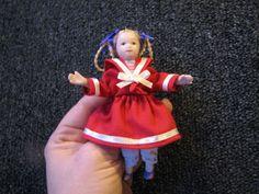 Mine dukkehuse: Pigekjoler