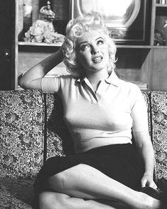 casual beauty #MarilynMonroe