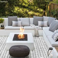 View the portfolio of interior designer Jute in San Francisco, California Backyard Seating, Backyard Patio Designs, Outdoor Seating Areas, Outdoor Rooms, Backyard Projects, Fire Pit Seating, Gas Outdoor Fire Pit, Outdoor Tiles Patio, Patio Fire Pits