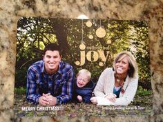The Joy is Palpable - The absolute funniest family FAILs & WINs that every parent should see once their kids are old enough. Christmas Photos, Family Christmas, Christmas Cards, Funny Family Photos, Couple Photos, Cool Pictures, Funny Pictures, Parental Guidance, Family Humor
