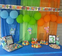 Team Umizoomi party ideas--love the color panels and the artwork.