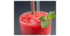 Erdbeer Slush, ein Rezept der Kategorie Getränke. Mehr Thermomix ® Rezepte auf www.rezeptwelt.de