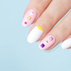spring-nail-design-fendi-nails-10