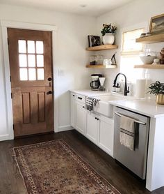 I'm pretty excited to share our new winner this week! Ashley is doin neutral right in her New York home. Her style Passion Deco, Budget Home Decorating, Home Improvement Loans, My Dream Home, Home Kitchens, Dream Kitchens, Ranch, Kitchen Decor, Sweet Home