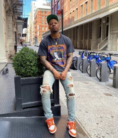 Dope Outfits For Guys, Swag Outfits Men, Outfits Hombre, Stylish Mens Outfits, Black Men Street Fashion, Mens Clothing Styles, Swagg, Streetwear Fashion, Poses